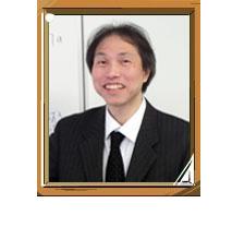 英語科 峰岸敏之(早稲田大学大学院法学研究科卒)